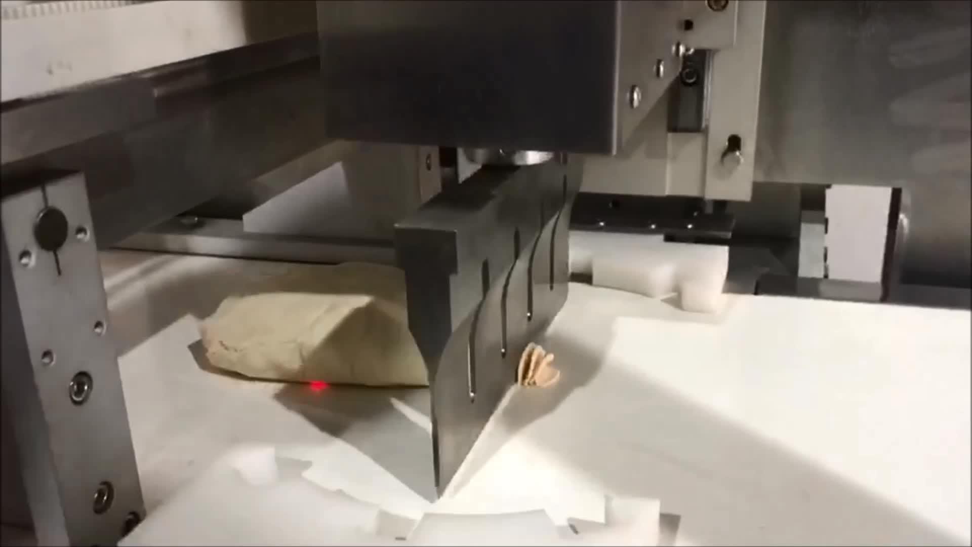 UFM3500 Inline-Laib, Keks, Keksschneidemaschine, Ultraschall-Käsehobelmaschine