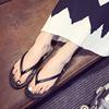 时髦夹脚鞋助你凉爽逛街!