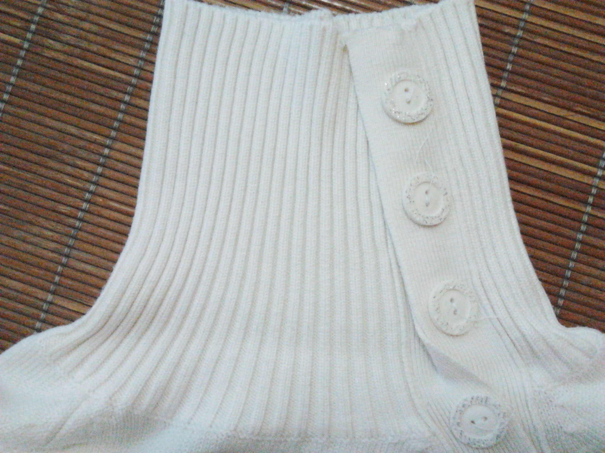 Трикотаж Чистый белый базовый водолазка, выбрать 3 Осень 2012 С блестками, Пуговицы, Объемный рисунок Классический рукав Воротник-поло