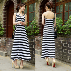 Black white striped skirt beach skirt dress Slim