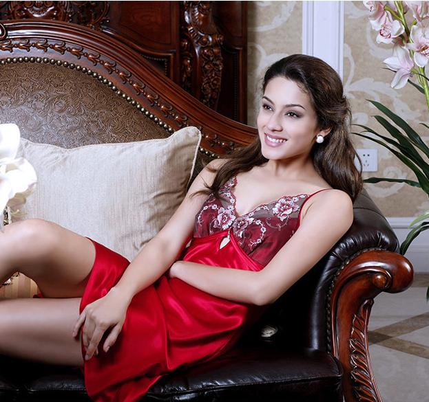 Пижама Красный ремешок панталоны шелк Шелковый глубокий v сексуальное искушение женщина пижама летняя стили
