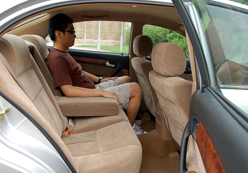 Кожаные чехлы для сидений Yu/Hsin leather interior  06 07 08