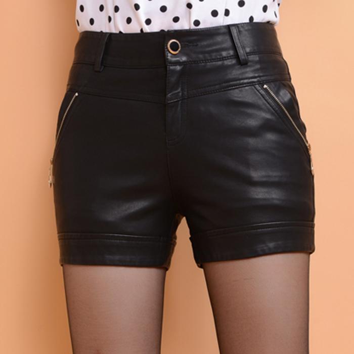 Женские брюки Пост 2013 новой корейской версии осенью и зимой тонкий тонкий Pu кожа короткие шорты женские брюки плюс размер сапоги трусы парней