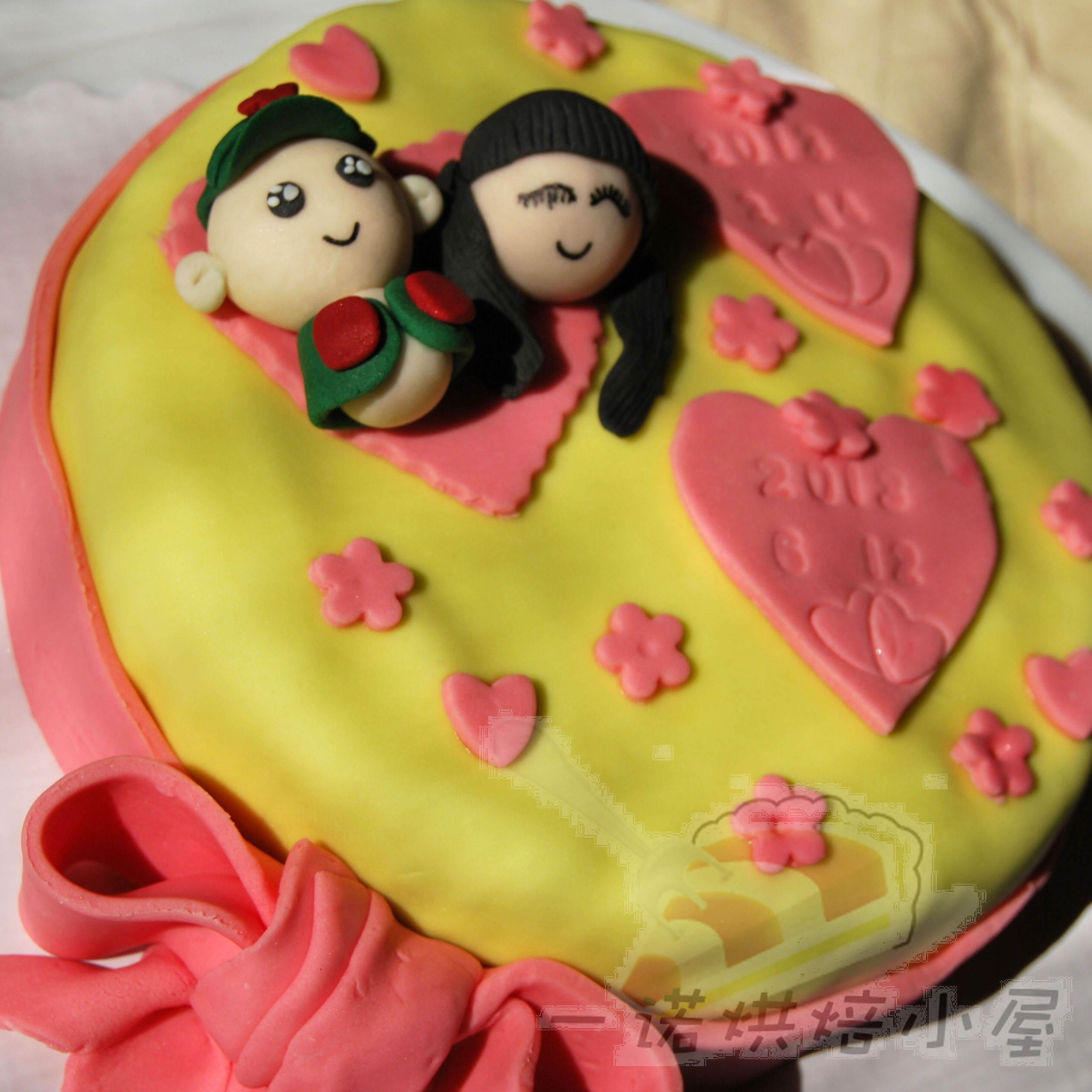 青岛烘焙 一诺定制 军装情侣 结婚纪念日 宴会生日蛋糕 怀旧款图片