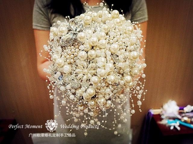 广州婚礼专业定制手捧花 高级个性定制DIY闪亮水钻珍珠新娘手捧花