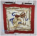 现货推荐!珍藏款 百搭款面料柔软 超美酒红色锁链方形大丝巾围巾