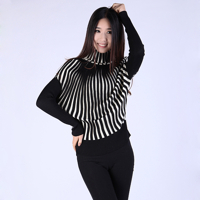 2013 ladies spring new product personalized bat T-shirt Korean style stacks high-collar fleece graphics thin store package mail