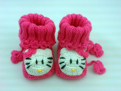 KT cat cute baby shoes for men and women fall and winter baby shoes, hand-knit wool socks newborn female 0-1 years old