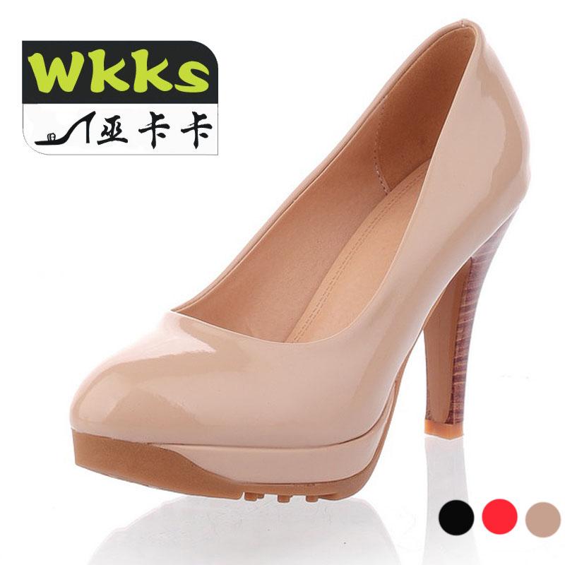 巫卡卡2013甜美淑女高跟鞋漆皮浅口单鞋防水台红色婚鞋粗跟女鞋子
