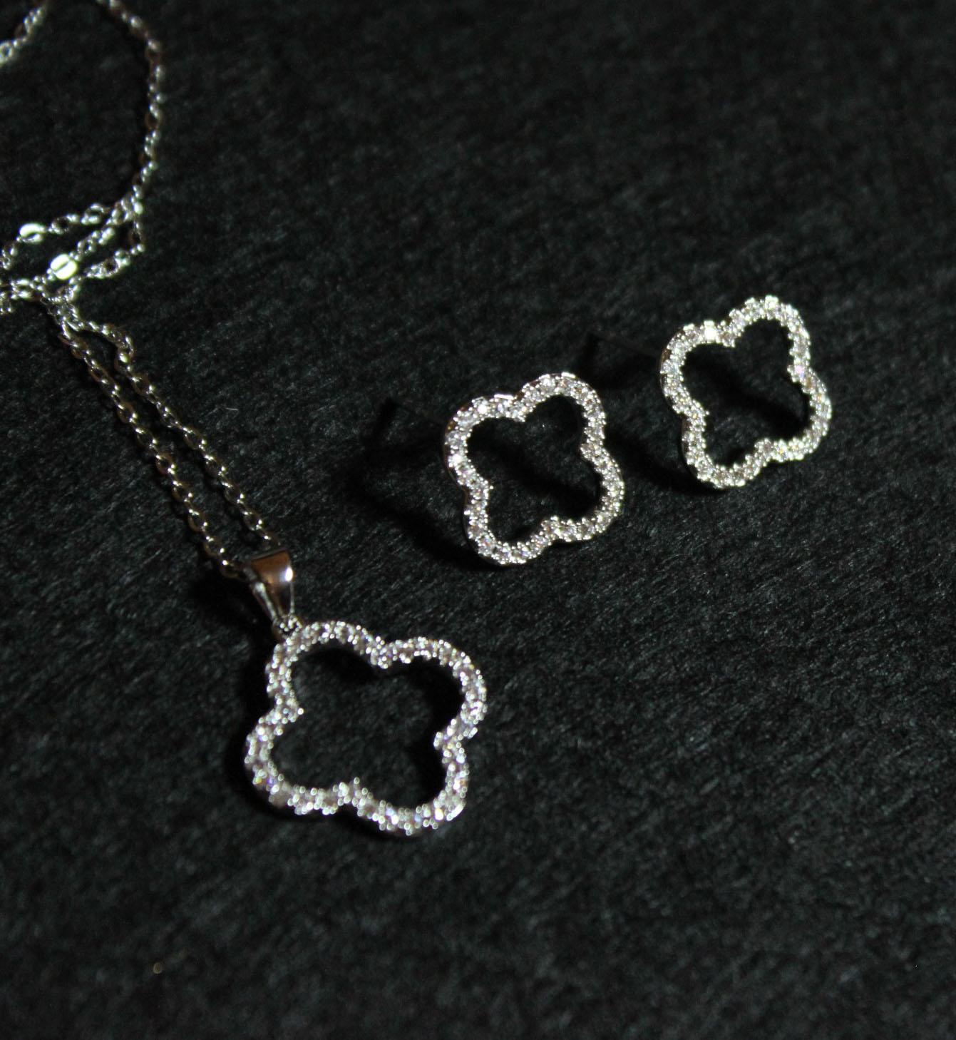 韩国代购香奈儿女款纯银aaa级微镶梵克雅四叶草项链耳环耳钉现货图片