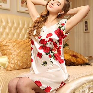 Пижама Подлинный шелк подтяжки ночная рубашка рукавов дамы один кусок пижама, пижамы и loungewear шелковые лето осень куклы одеваются