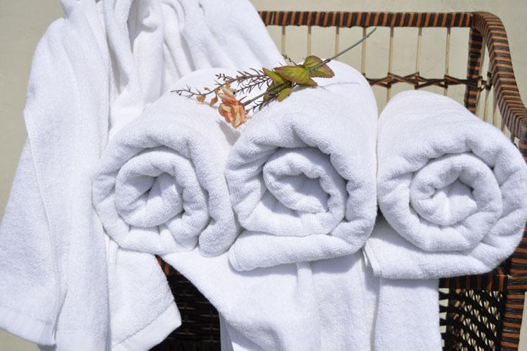 Полотенце для гостиницы   400