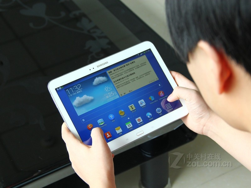 Планшет Samsung  GALAXY Tab3 GT-P5210 16GB WIFI 10.1