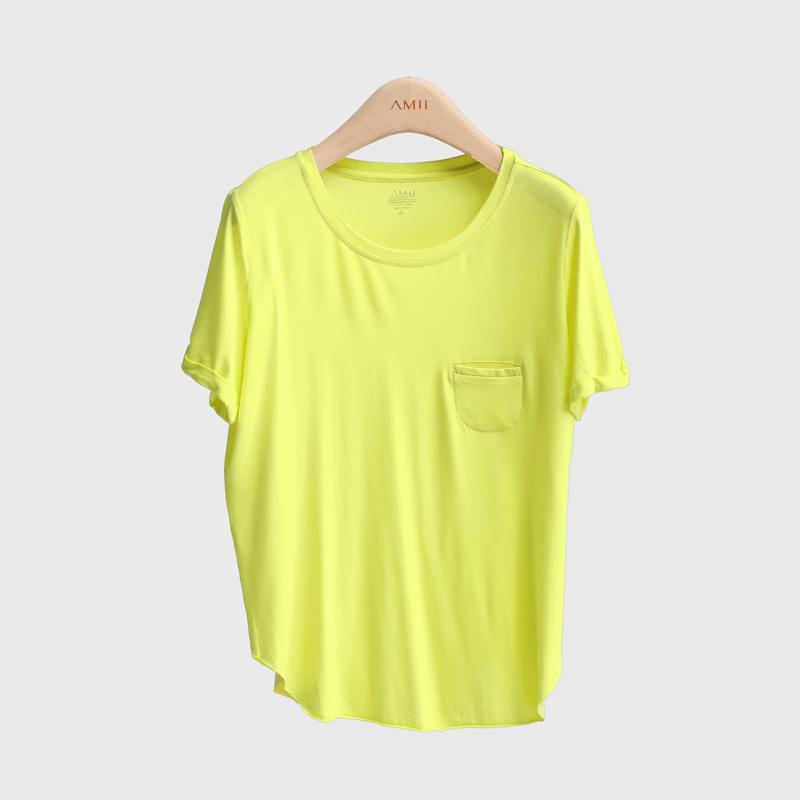 Основной цвет: горчичный жёлтый цвет