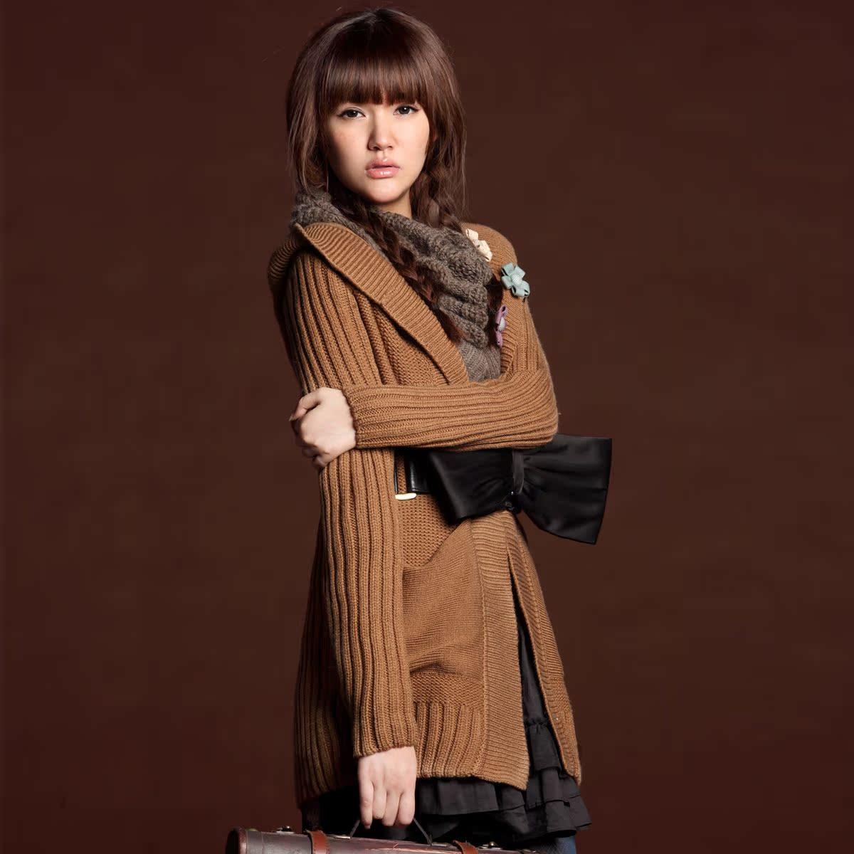 Свитер женский Autumn factories 845 Vintage Другие натуральные волокна Зима 2011 Длинный рукав Классический рукав С капюшоном