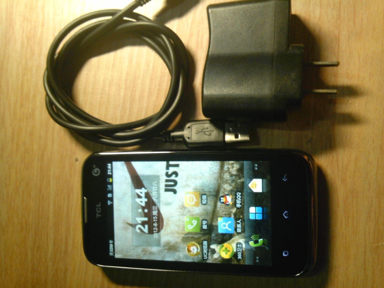 Мобильный телефон TCL  E906 329