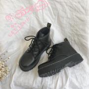 2019春季马丁靴女圆头系带黑色时尚防水台松糕底短筒靴子