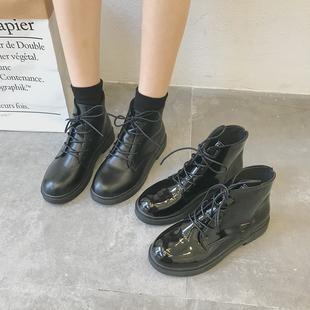 2019春季黑色机车马丁靴女英伦风系带漆皮粗跟短靴高帮女靴子