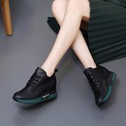 运动鞋女休闲鞋女2020秋冬百搭高帮鞋中跟加绒内增高真皮女鞋