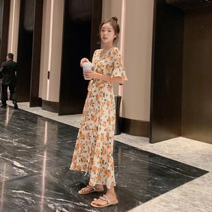 碎花裙连衣裙2019女夏季v领长款显瘦雪纺长裙仙女裙