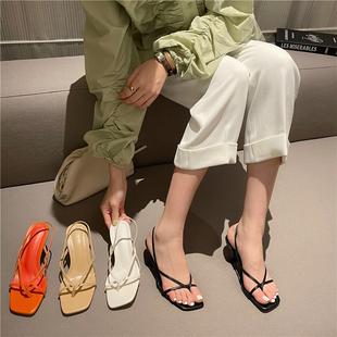2021年夏季方头交叉细带夹脚细跟中跟凉鞋露趾夹趾高跟女鞋子