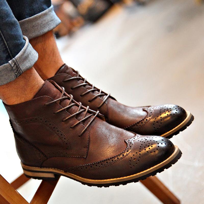 布洛克 低筒短靴 擦色靴子 韩版流行系带油蜡皮 木质保暖男式靴子图片