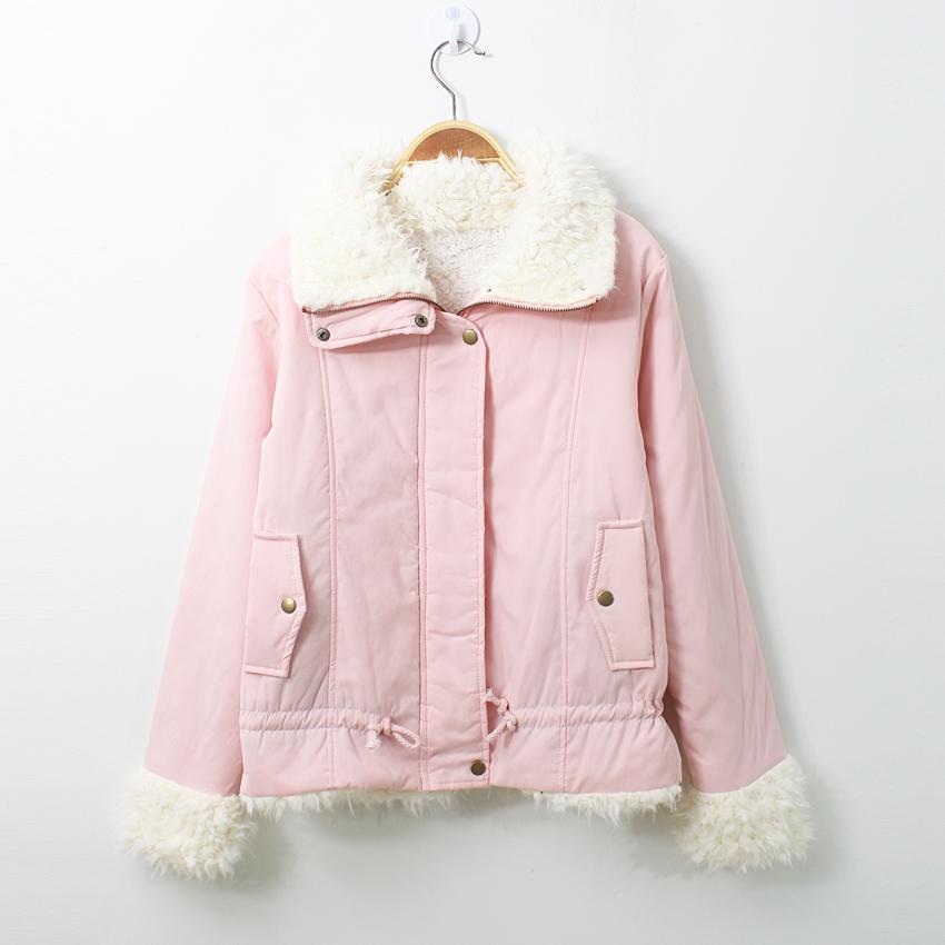 Женская утепленная куртка More other brands 404d8820 2012 Облегающий покрой Длинный рукав Зима 2012