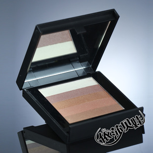 United Kingdom MEMEME/ME3 high capacity dual-use powder blush + eye shadow