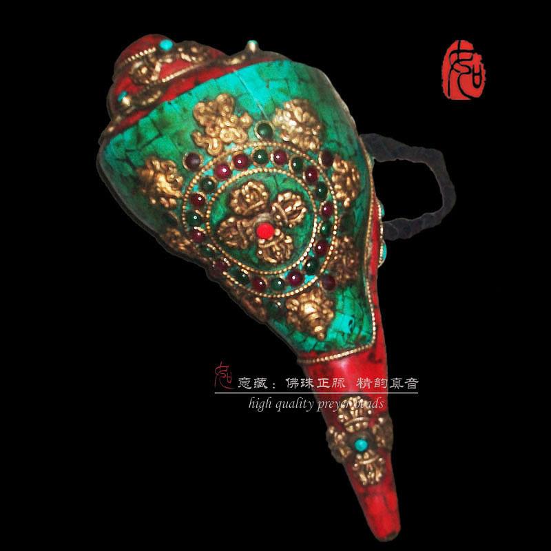 Буддистский монастырский сигнальный рог Цена признательность: кредит: буддийские оставил d винт винт Тритон Конч инструменты, используемые в тибетские буддийские четки/ч