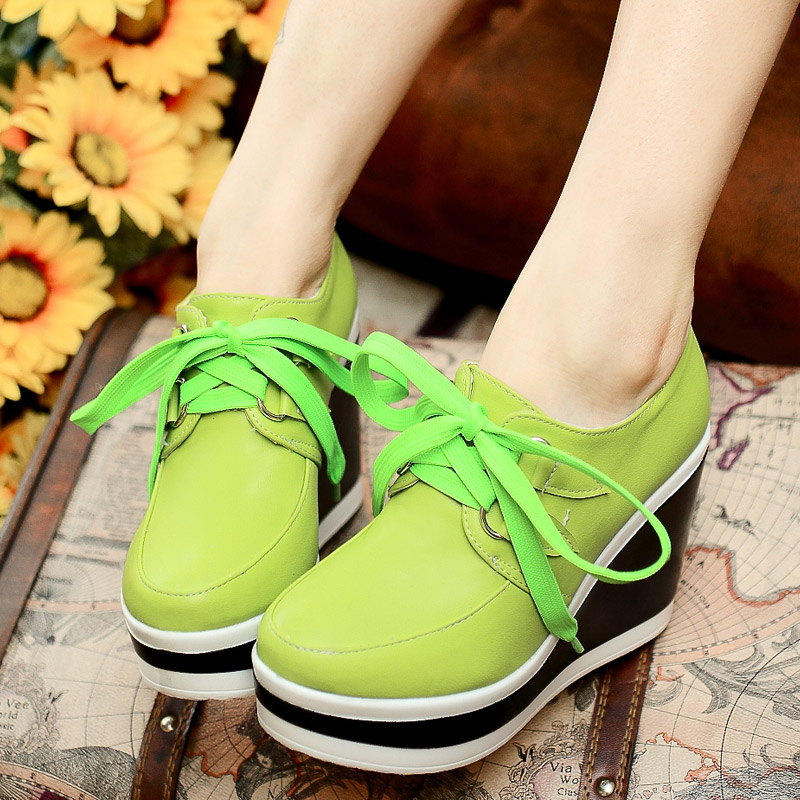Korean version of the new spring 2014 Spring Round wedge heel shoes, high-heeled lace deep mouth waterproof shoes student