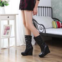 秋冬款欧美潮流褶皱圆头坡跟防水台修脚马丁靴中筒靴女靴子女鞋