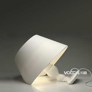 [VOCCA wojia] italic resin table lamp bedroom lamp living room lamp study lamps and lighting