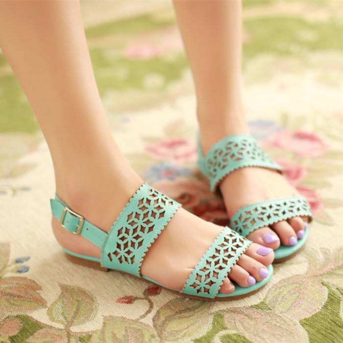 Korean version of the cute new summer flat sandals lady sweet little girl fresh flat lace shoes student shoes