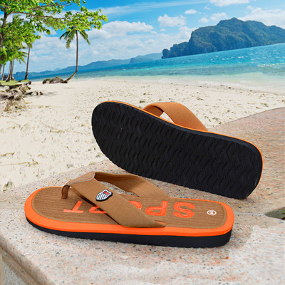Beach darling of the summer influx of men's casual slip sandals beach shoes Korean version of the clip toe foot slippers
