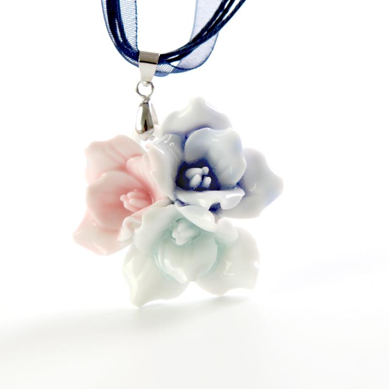 青歌 手工陶瓷文化 手捏花朵瓷项链 吊坠 三色花 A70