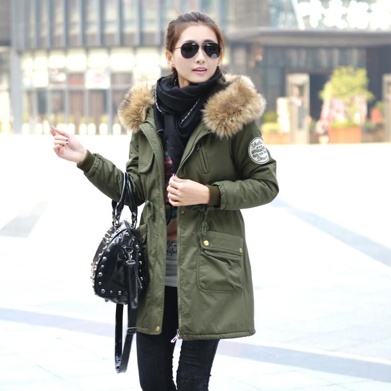 Женская утепленная куртка Досуг дамы мягкий слой 2013 зимних пальто зимние куртки зеленый армии хлопка пальто Распродажа новой корейской версии плюс размер стеганые куртки