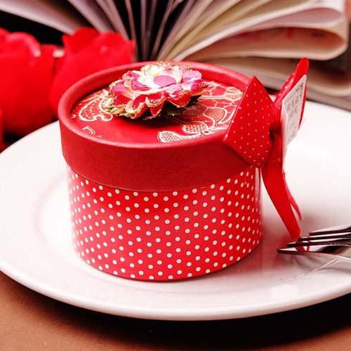 诗蒂结婚红色圆筒喜糖盒子时尚含2粒果仁巧克力*54包成品整箱批发