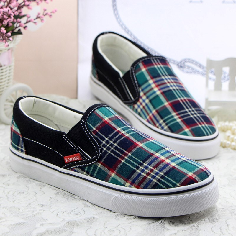 Spring new one pedal canvas shoes women casual shoes to help low level of classical ladies shoes lazy Bodi