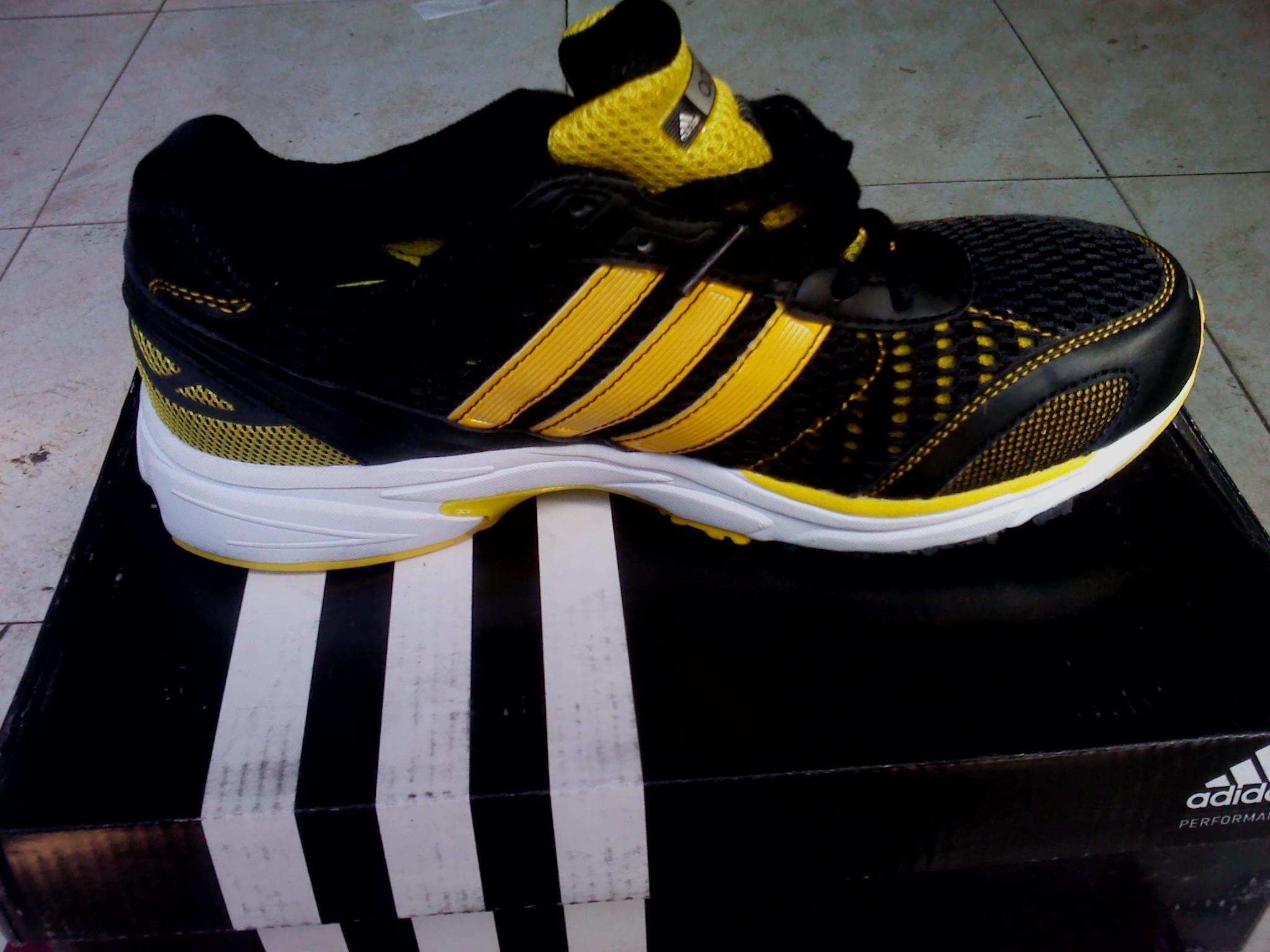 Кроссовки Adidas 931396d Adizero Универсальная Летом 2011 года Сетка