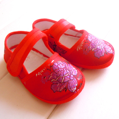 Tang Rentang costume embroidered with baby shoes, baby shoes toddler shoes girls shoes soft soled shoes