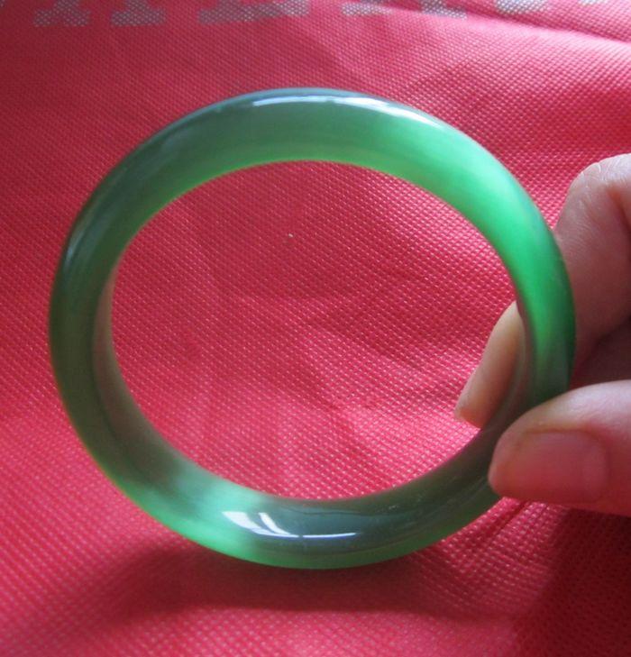 首饰 水晶饰品 绿色猫眼石手镯 手链 色泽青翠欲滴 61MM