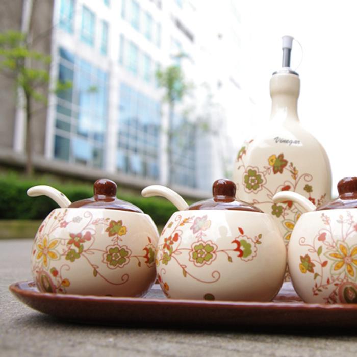 特价促销 景德镇厨房用品陶瓷调味罐三件套装送陶瓷底盘送勺子