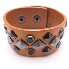 SZ119 Han Hyun Korean cute retro diamond rivets wide leather bracelet leather bracelet