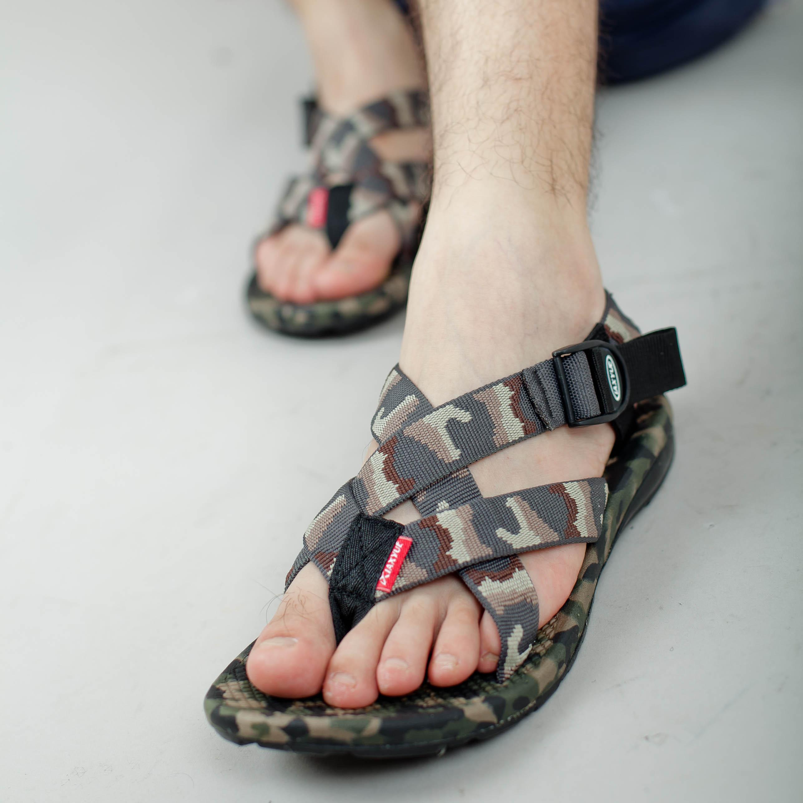 越南鞋夏季新款男凉鞋日韩潮流男士迷彩沙滩鞋 男款休闲运动凉鞋
