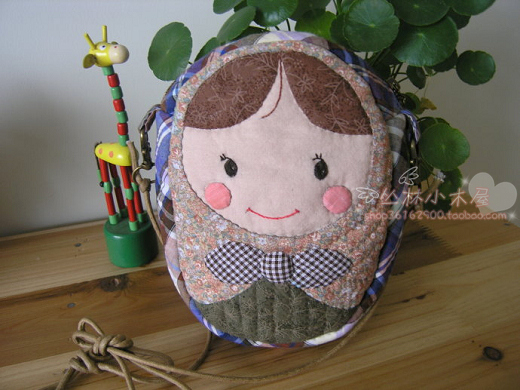 DIY handmade quilt making fabric hand-made cloth bags hand Russia doll Pack