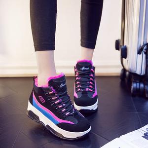 冬季韩版休闲女运动鞋雪地靴短靴板鞋运动风学生厚底加绒棉鞋子潮