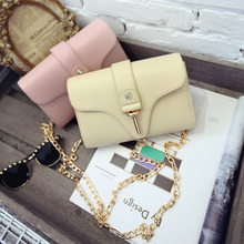 The new 2015 female bag Han edition of small bread chain bag lady one shoulder bag aslant bag mini bag mail
