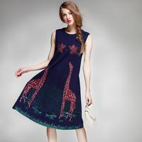 欧美高端大牌连衣裙2016秋装无袖圆领减龄卡通刺绣显瘦深蓝色长裙