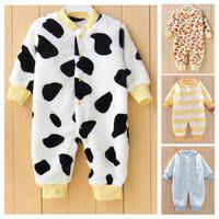 婴儿法兰绒连体衣秋冬保暖衣服新生儿衣服满月宝宝珊瑚绒睡衣哈衣