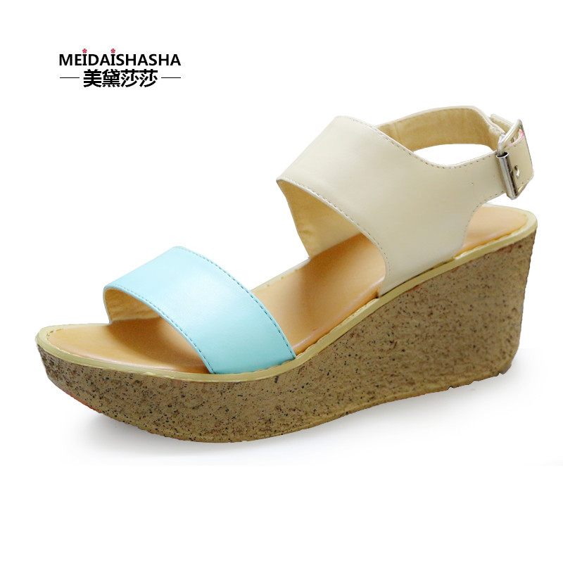 2014 summer new high-heeled platform shoes Roman sandals muffin waterproof leather flat sandals wild women